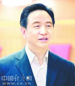 胡伯俊接替彭崇谷任湖南省人社厅厅长(图|简历)