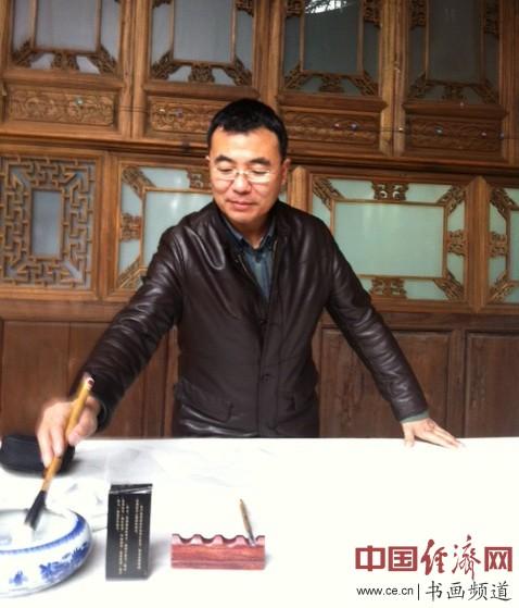 中国画院签约书画家、内蒙古书法家协会会员赵林
